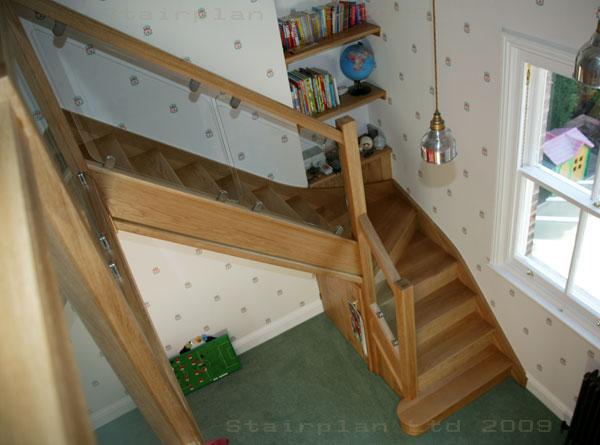 Oak Staircase with toughened Glass Vision balustrading