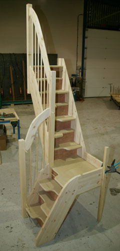 Quarter Turn Spacesaver Staircase